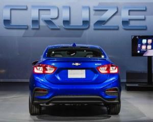 2016 Chevrolet Cruze Rear Exterior