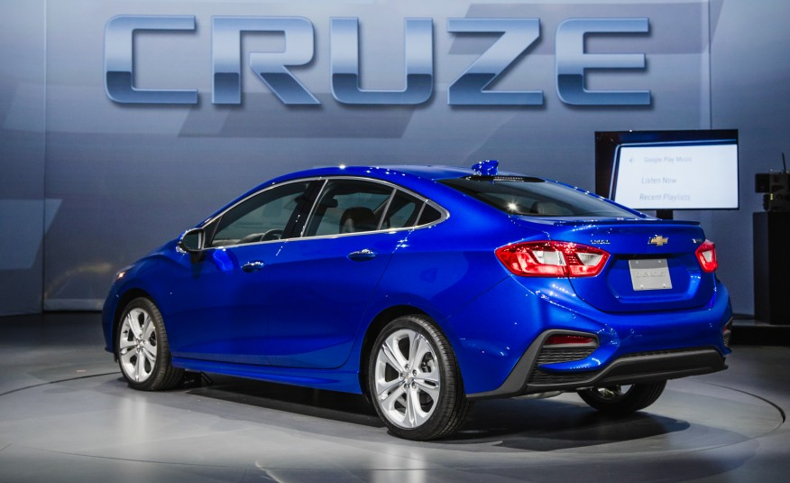 2016 Chevrolet Cruze Rear Side View