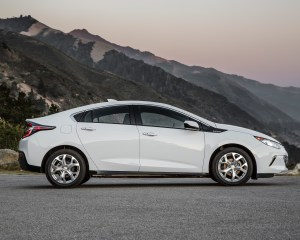 2016 Chevrolet Volt White Side Design