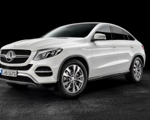 2016 Mercedes Benz AMG GLE63s Coupe Exterior Profile