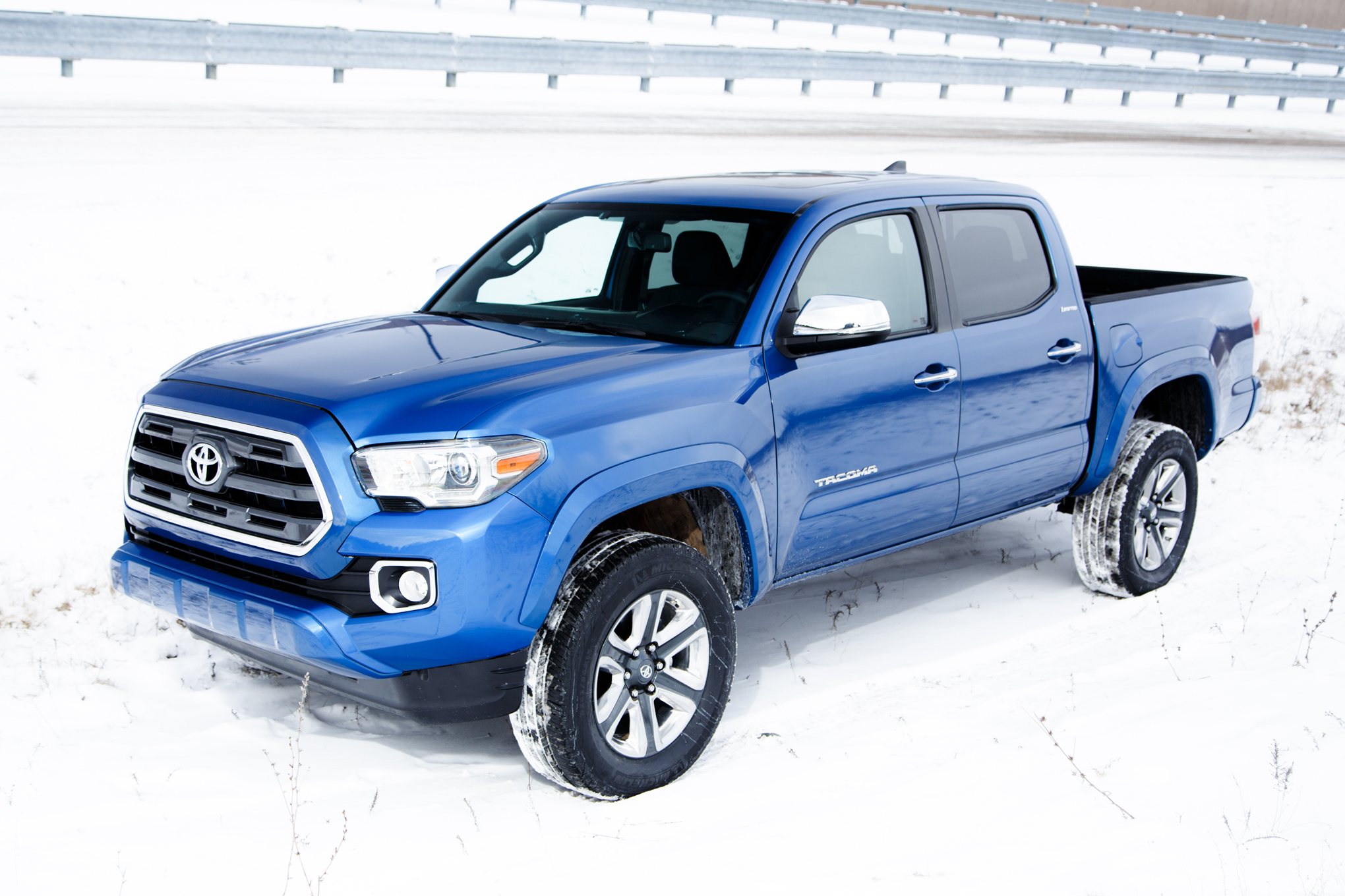 2016 Toyota Tacoma Left Side Photo