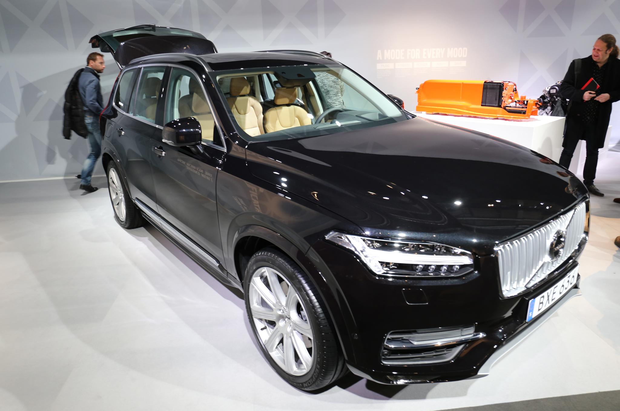 2016 Volvo XC90 T8 Auto Show Preview