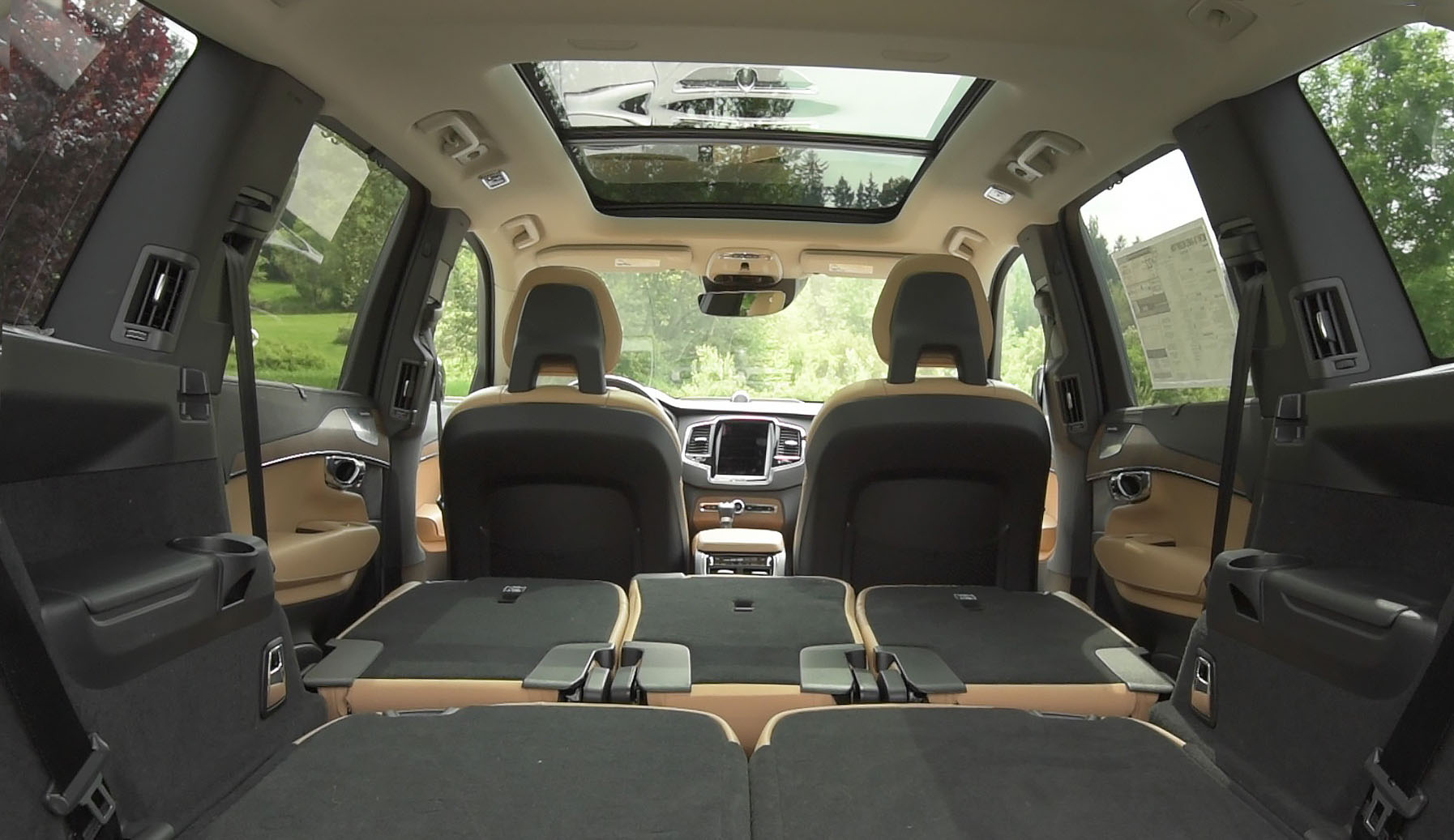 2016 Volvo XC90 T8 Rear Interior
