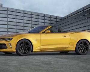 2016 Chevrolet Camaro Convertible Yellow Side Photo