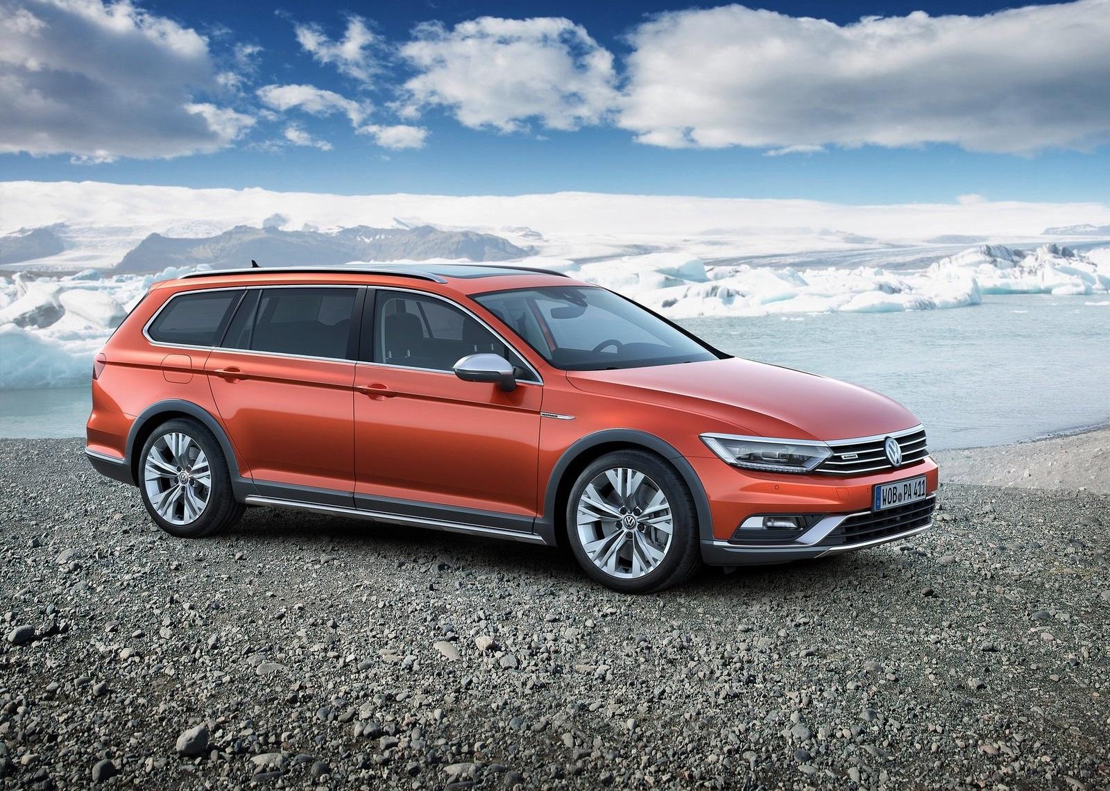 2016 Volkswagen Passat Alltrack Right Side Preview