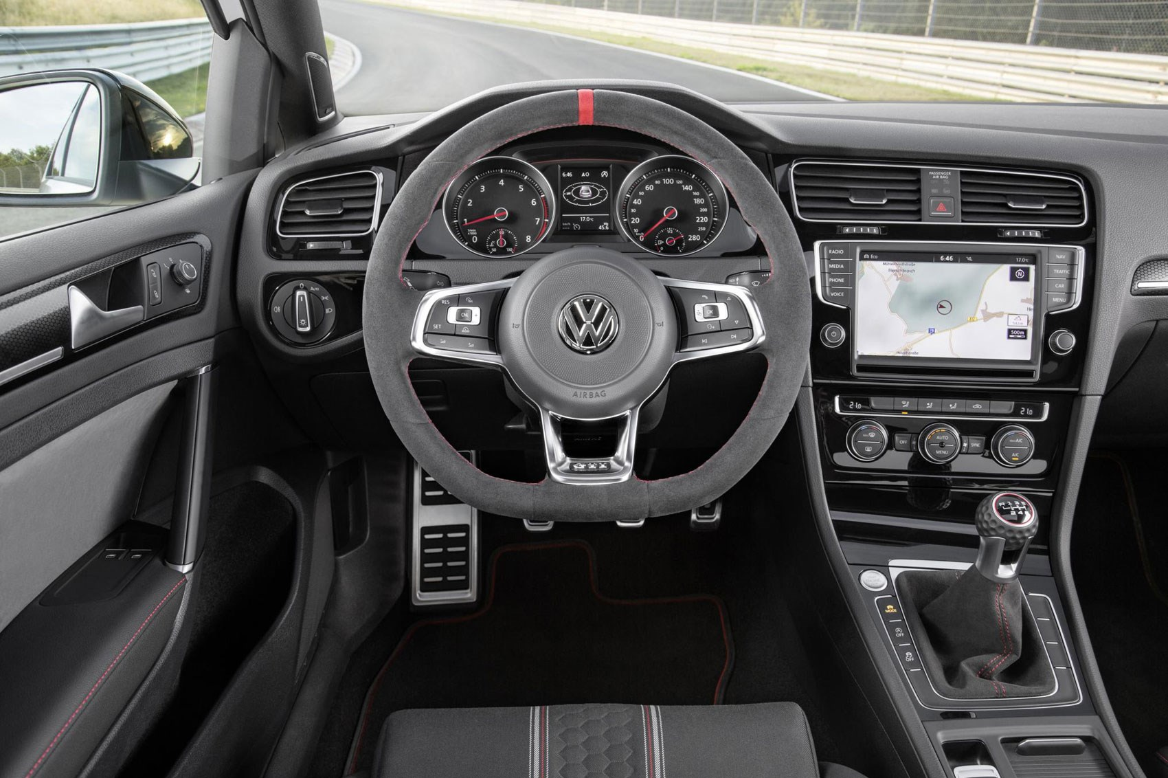 Volkswagen Golf GTI Clubsport Dashboard and Head Unit Panels