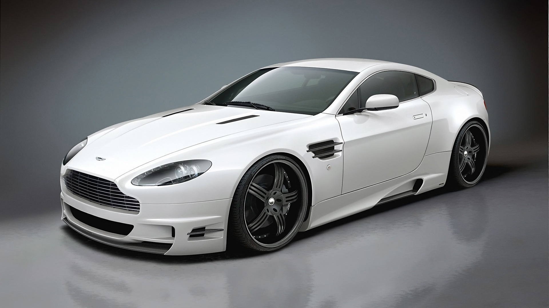 2014 White Aston Martin DB9