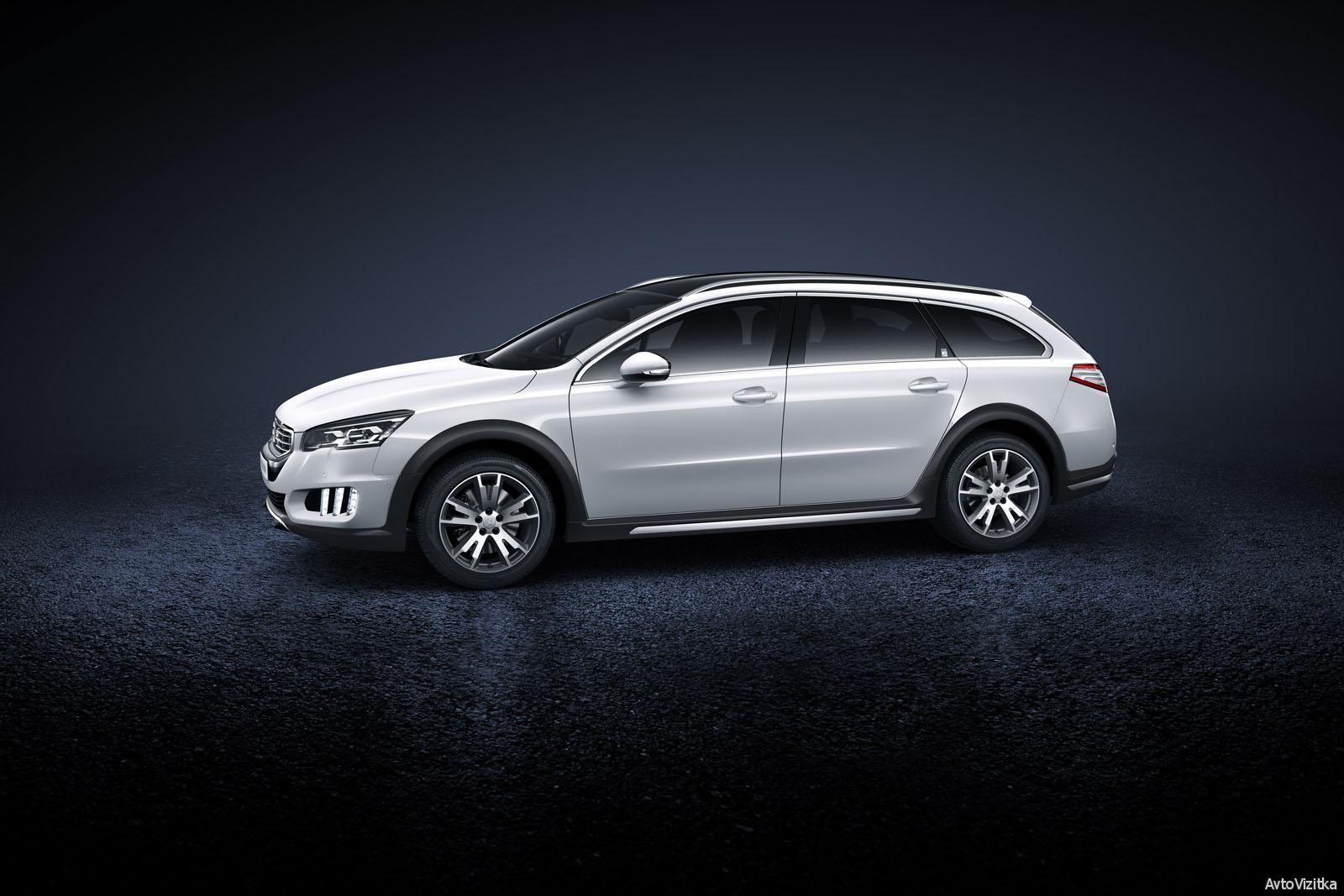 White Model 2015 Peugeot 508