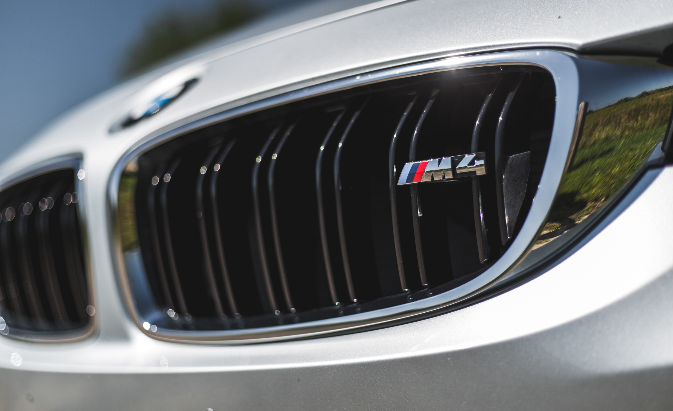 2015 BMW M4 Convertible Exterior Grille