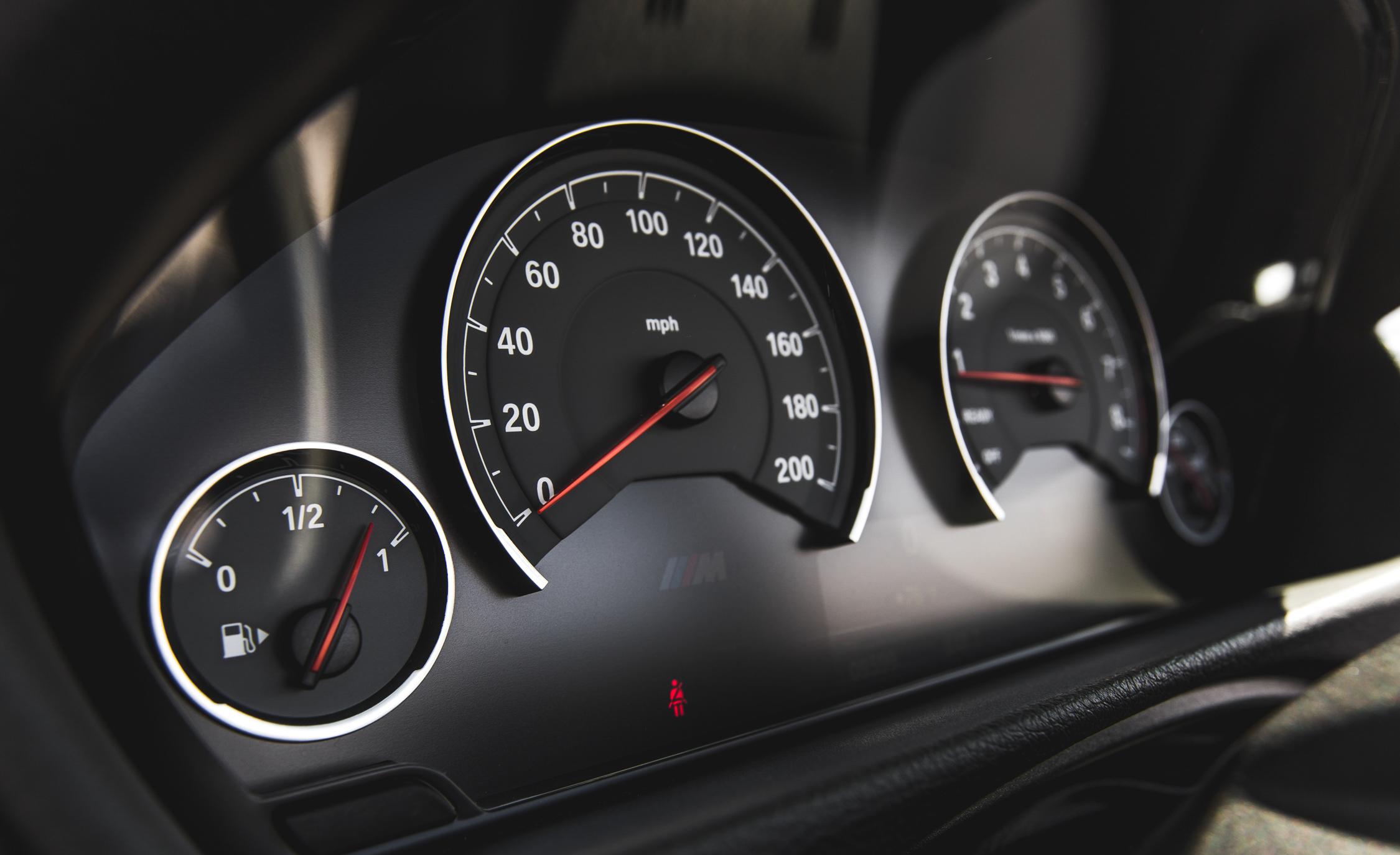 2015 BMW M4 Convertible Interior Speedometer