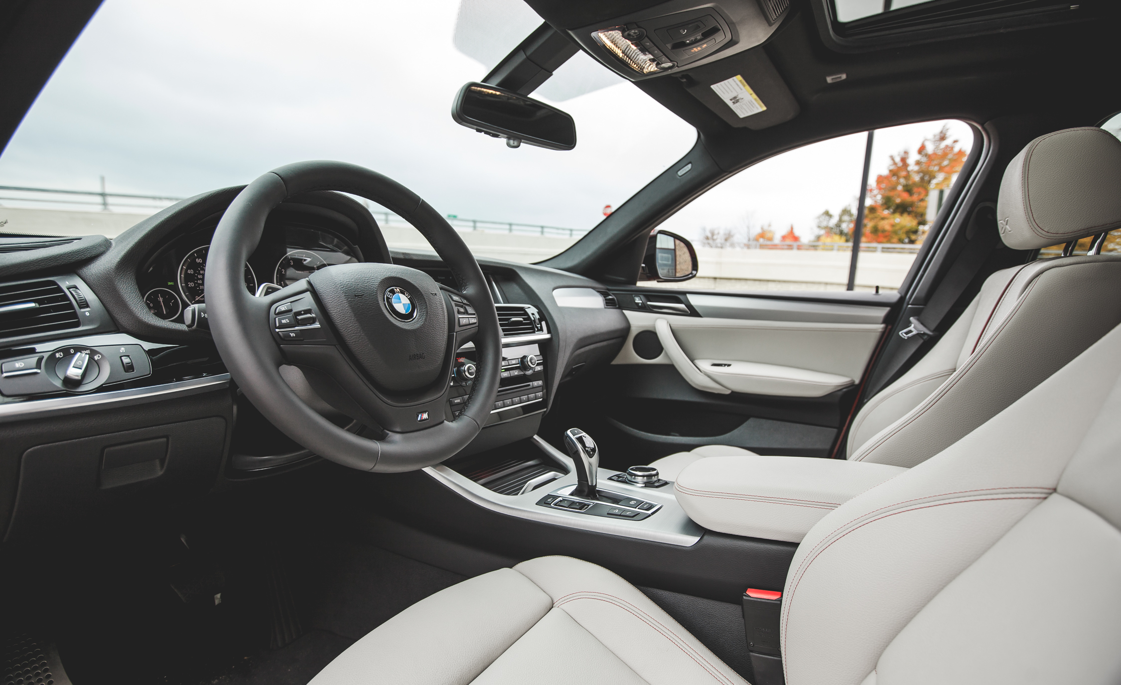 2015 BMW X4 xDrive28i Interior