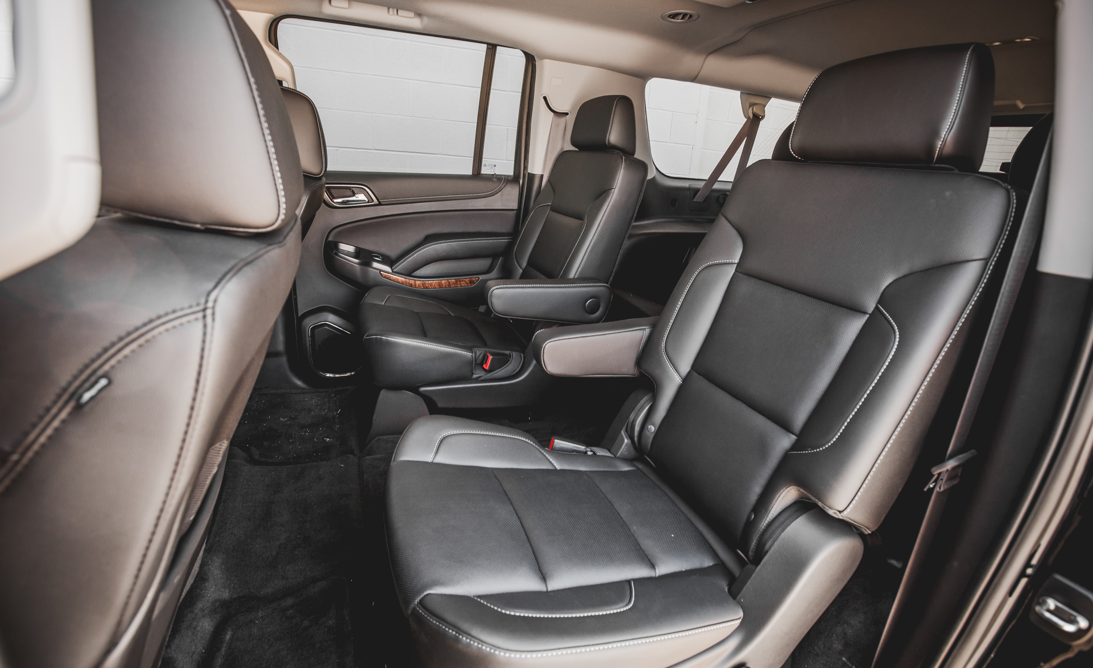 2015 Chevrolet Suburban LTZ Interior 2nd Row Passenger Seats