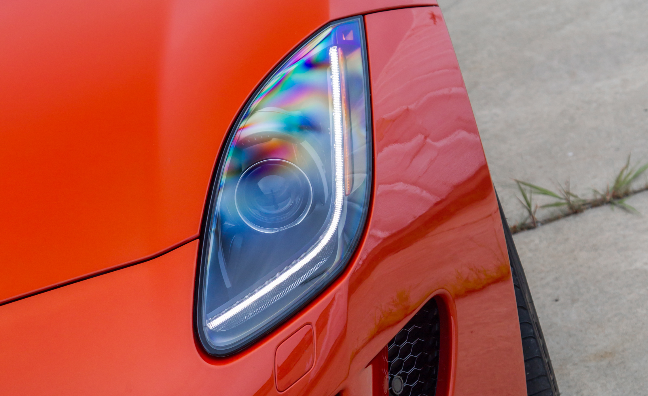 2015 Jaguar F-type R Coupe Exterior Headlight