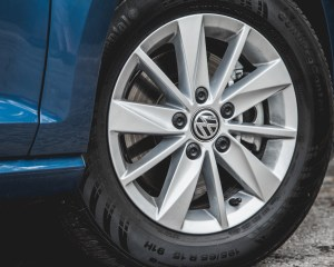 2015 Volkswagen Golf TSI Exterior Wheel
