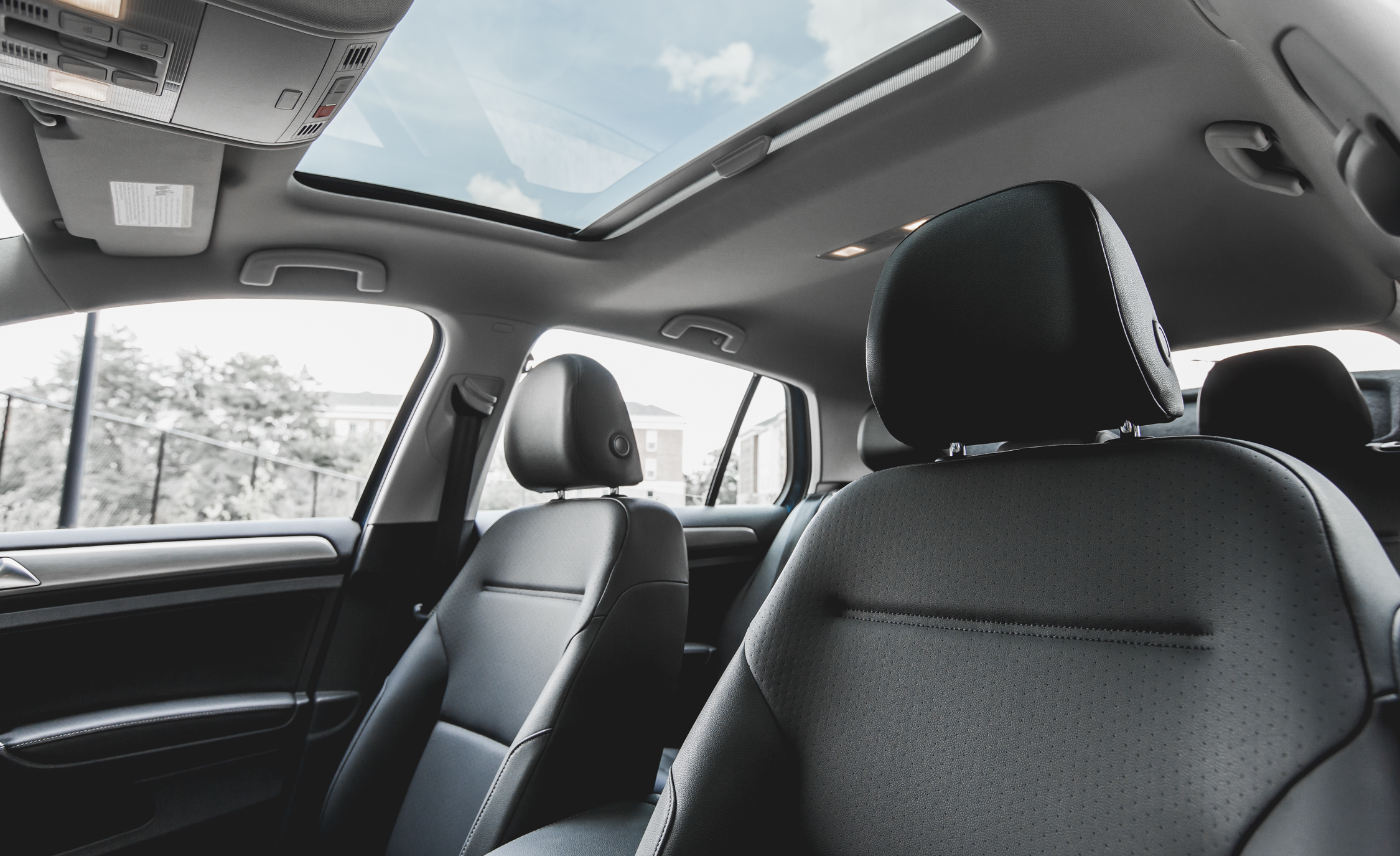 2015 Volkswagen Golf TSI Interior Seats and Panoramic Roof