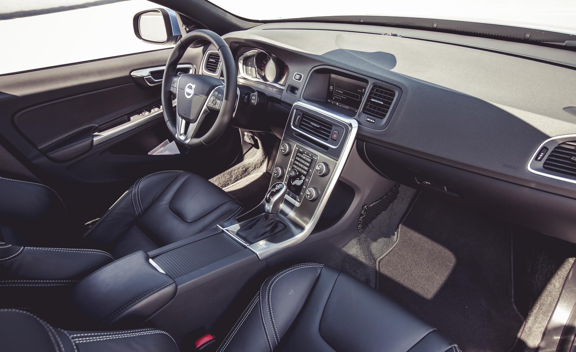 2015 Volvo V60 Interior Dashboard