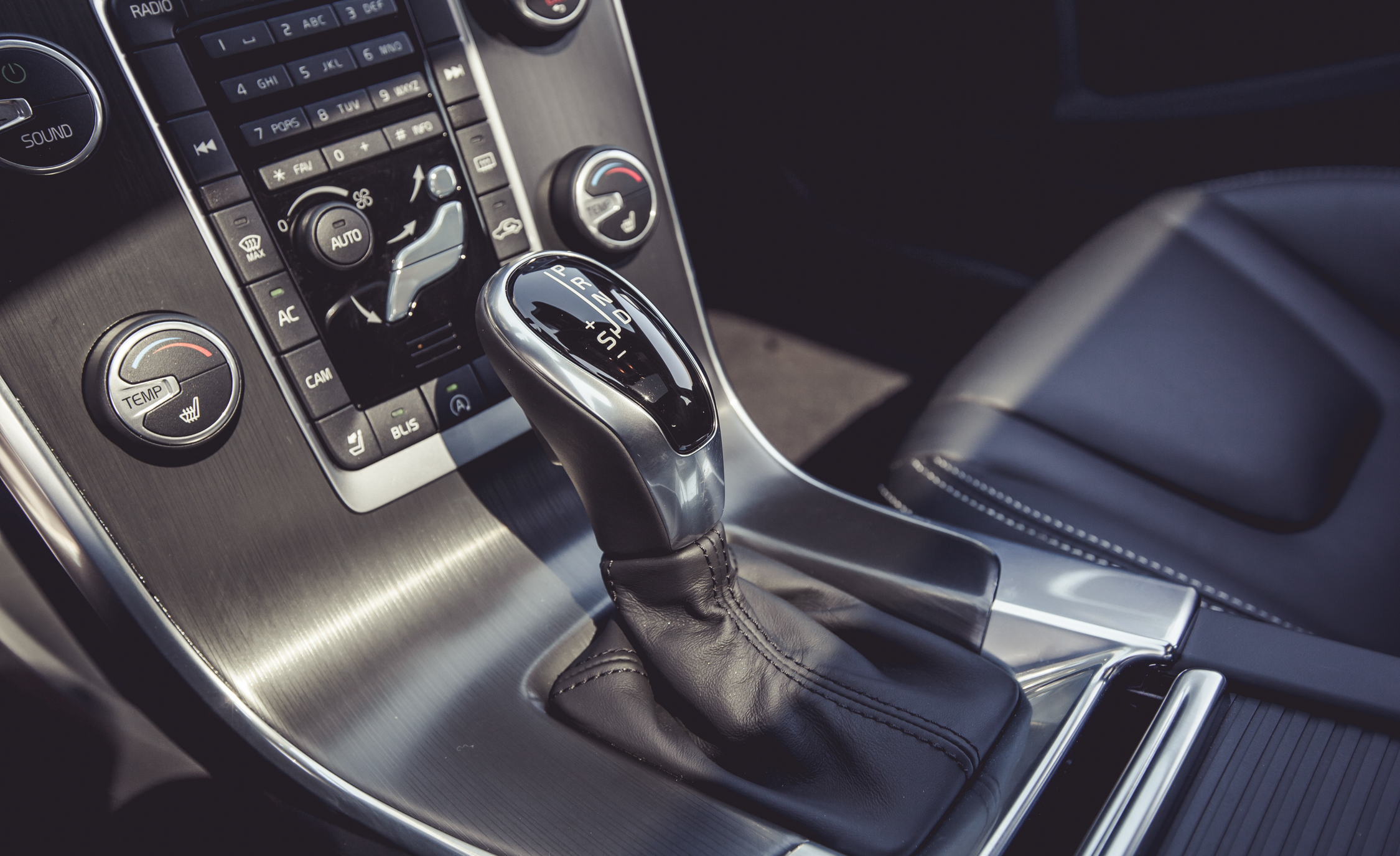 2015 Volvo V60 Interior Gear Shift Knob