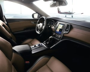 2016 Renault Talisman Front Interior