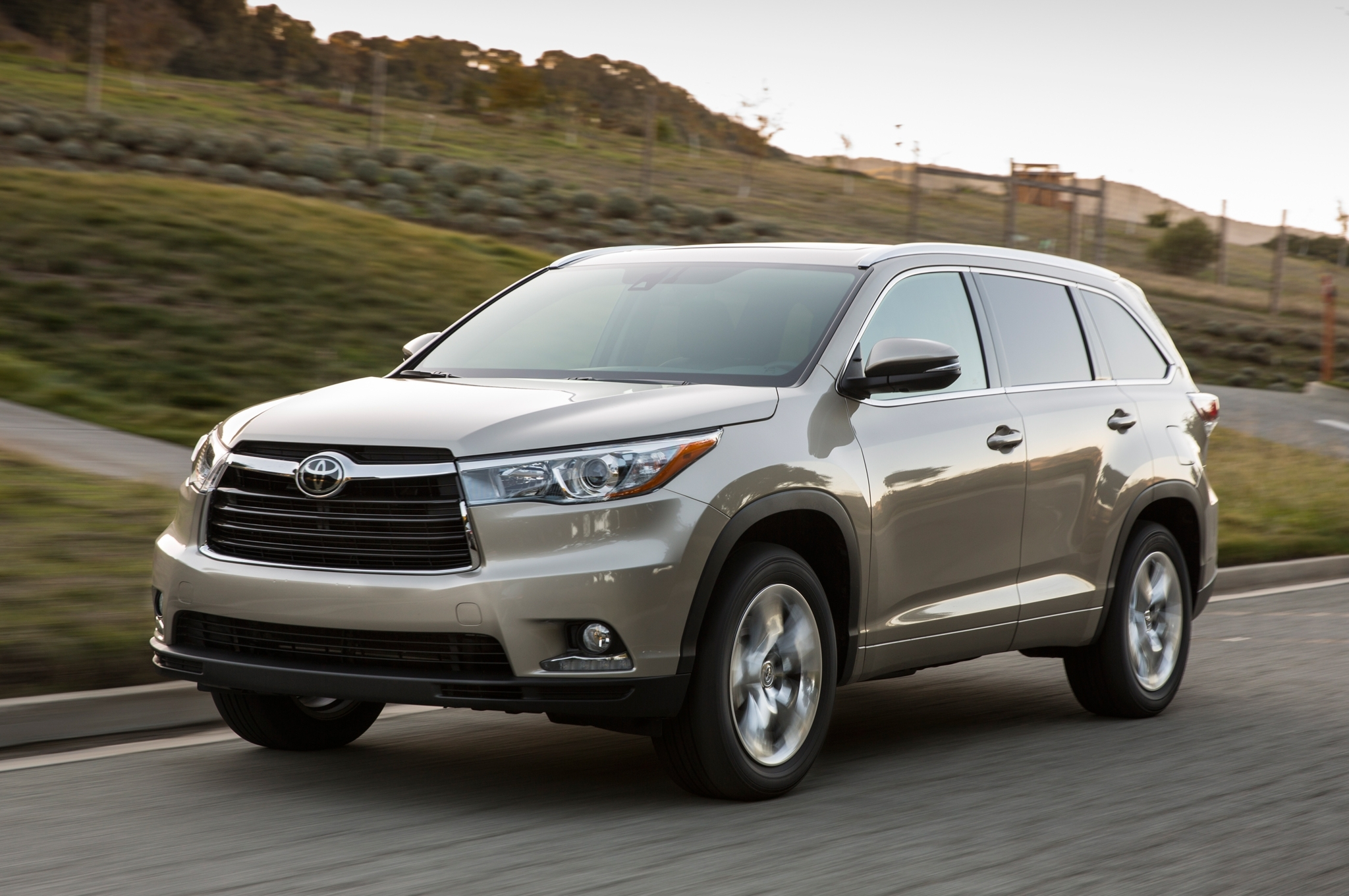 Preview: 2016 Toyota Highlander