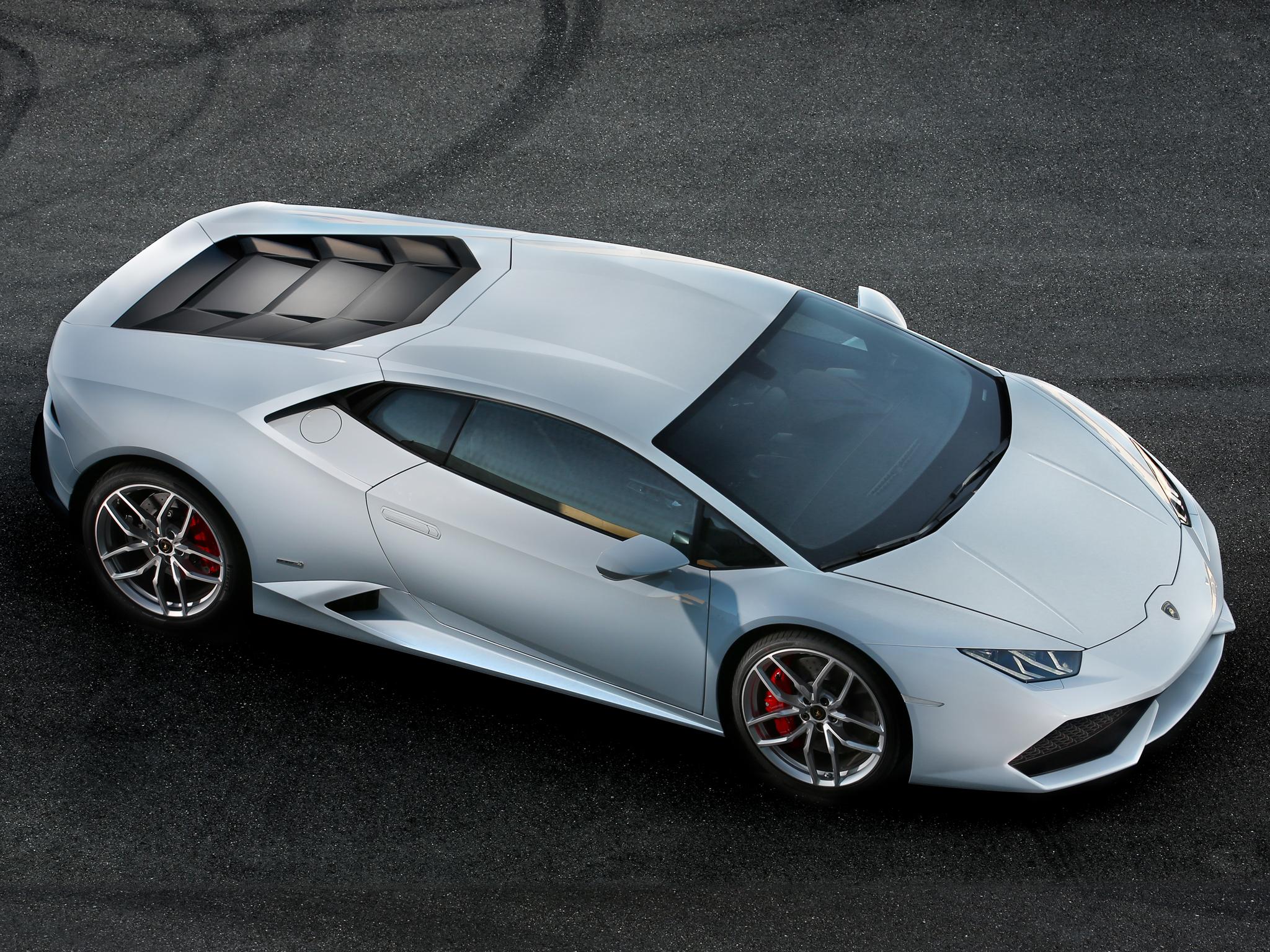 Top View: 2015 Lamborghini Huracán LP 610-4