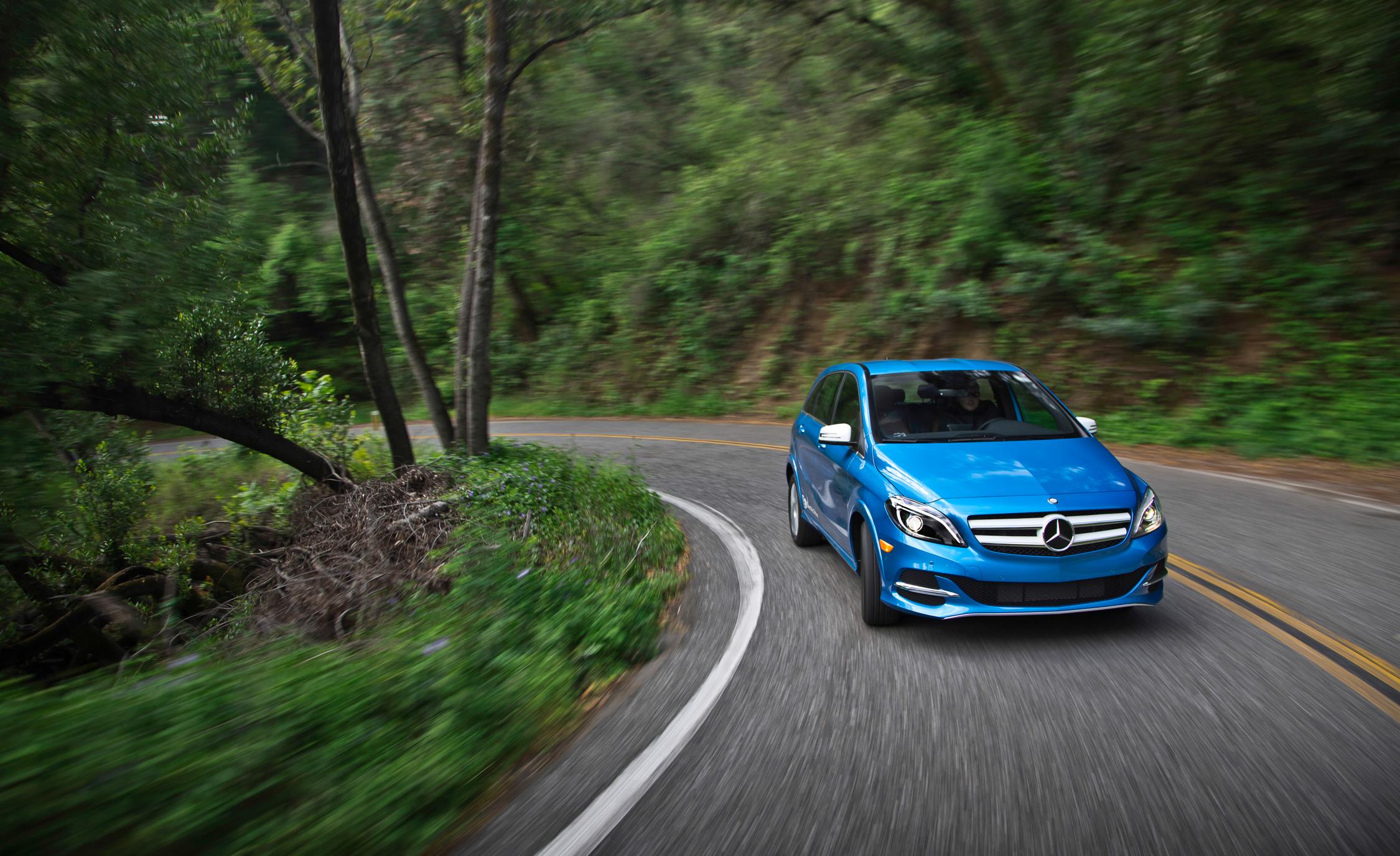 2014 Mercedes-Benz B-class Electric Drive Cornering