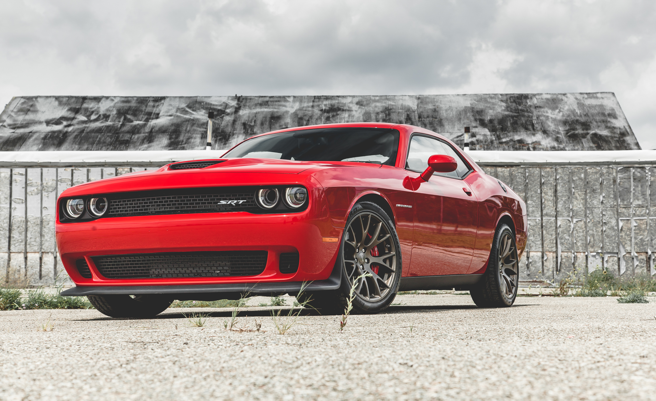 2015 Dodge Challenger SRT Hellcat Exterior Full Front and Side