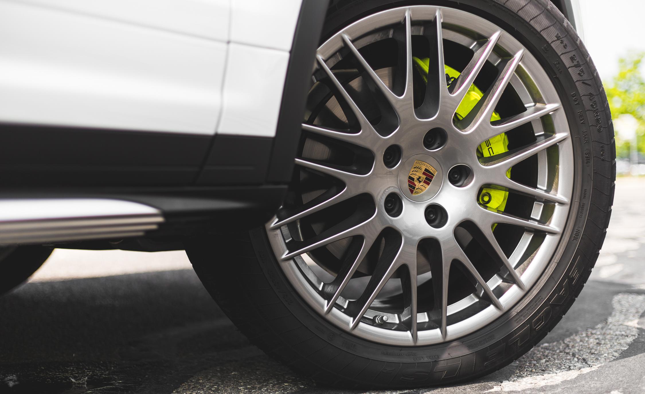 2015 Porsche Cayenne S E-Hybrid Exterior Wheel