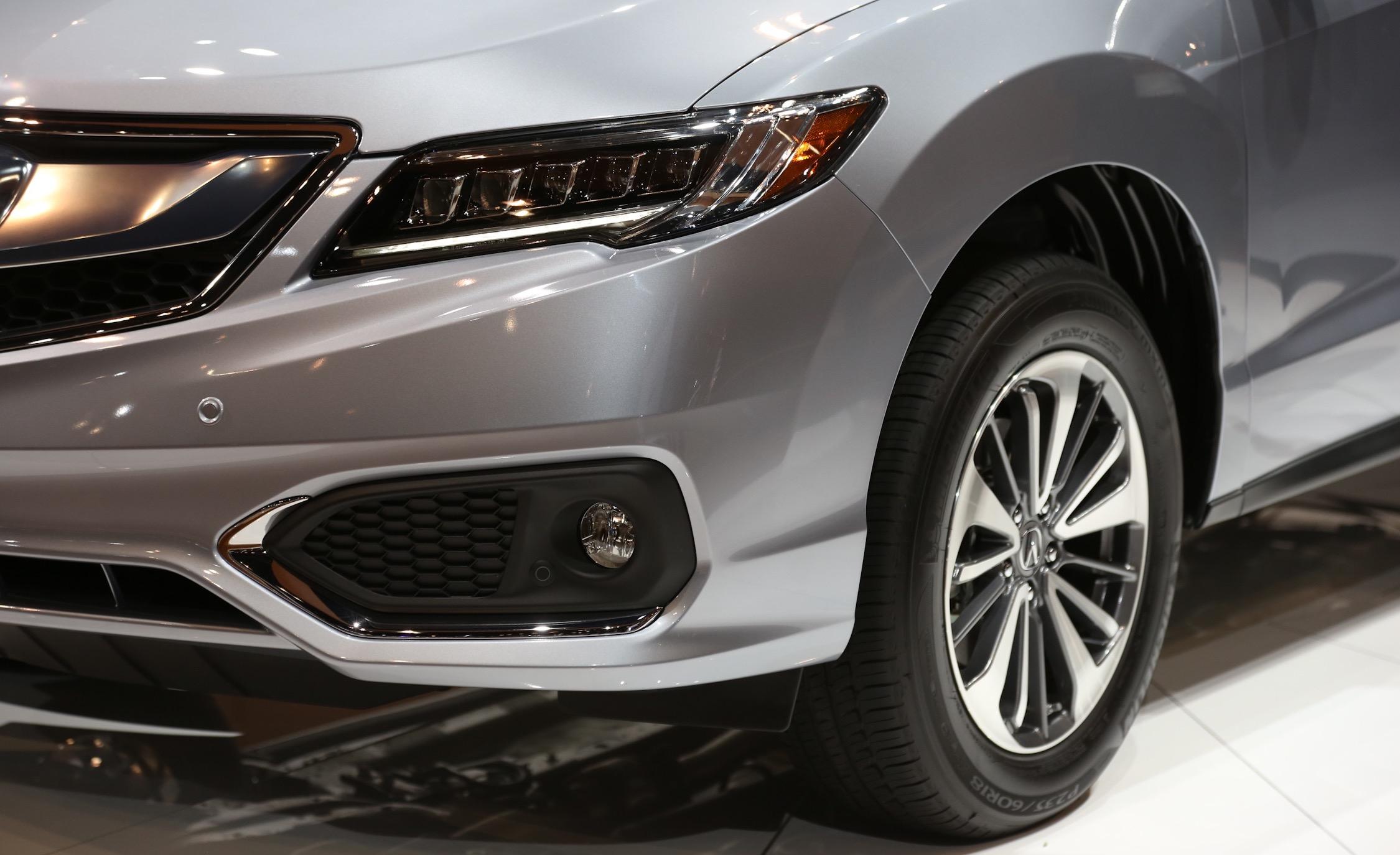 2016 Acura RDX Headlamp and Wheel Trim Preview