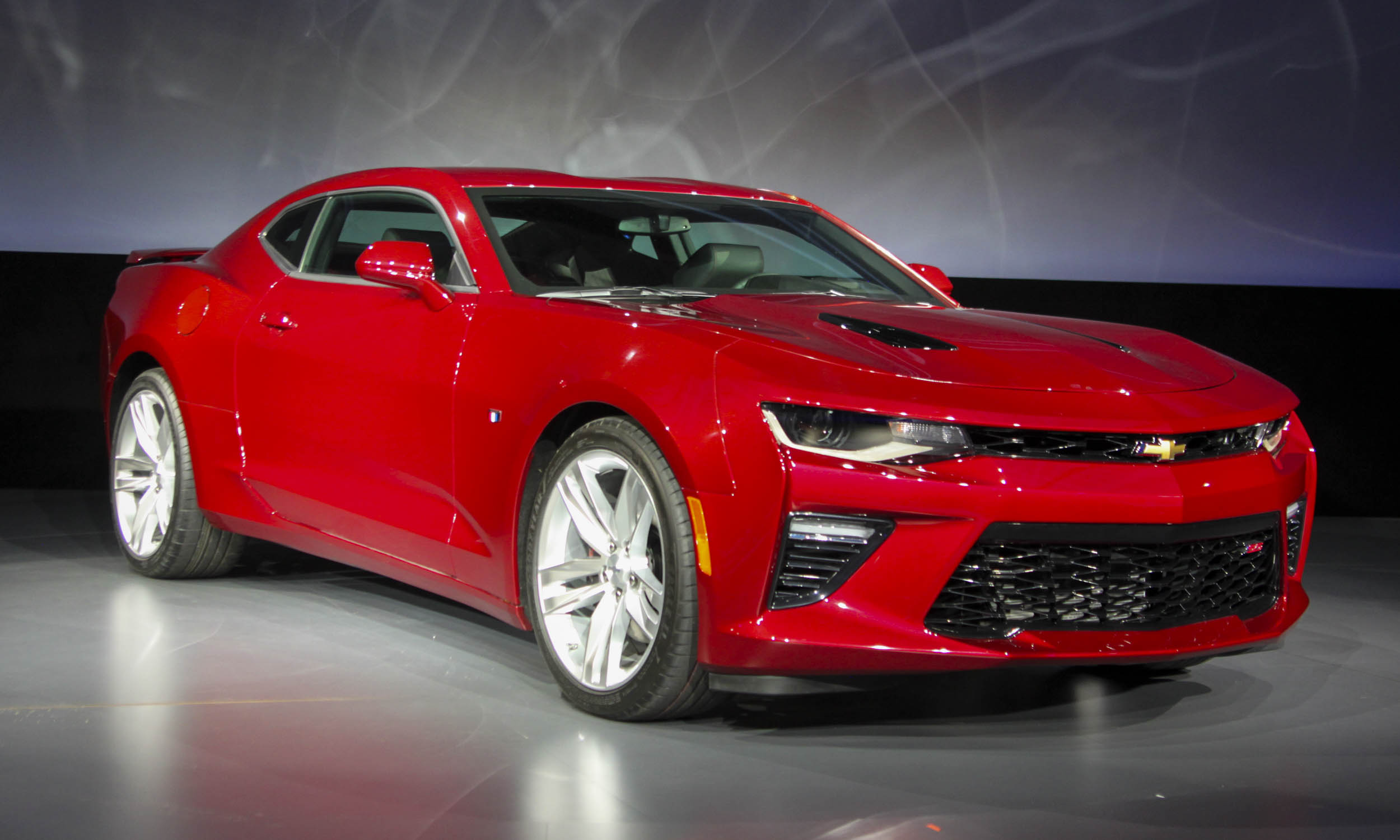 2016 Chevrolet Camaro SS Front Side Exterior Preview
