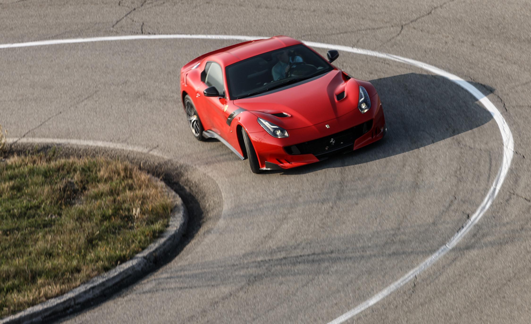 2016 Ferrari F12tdf Performance
