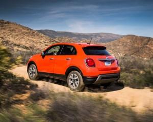 2016 Fiat 500X Trekking Off-Road Side View
