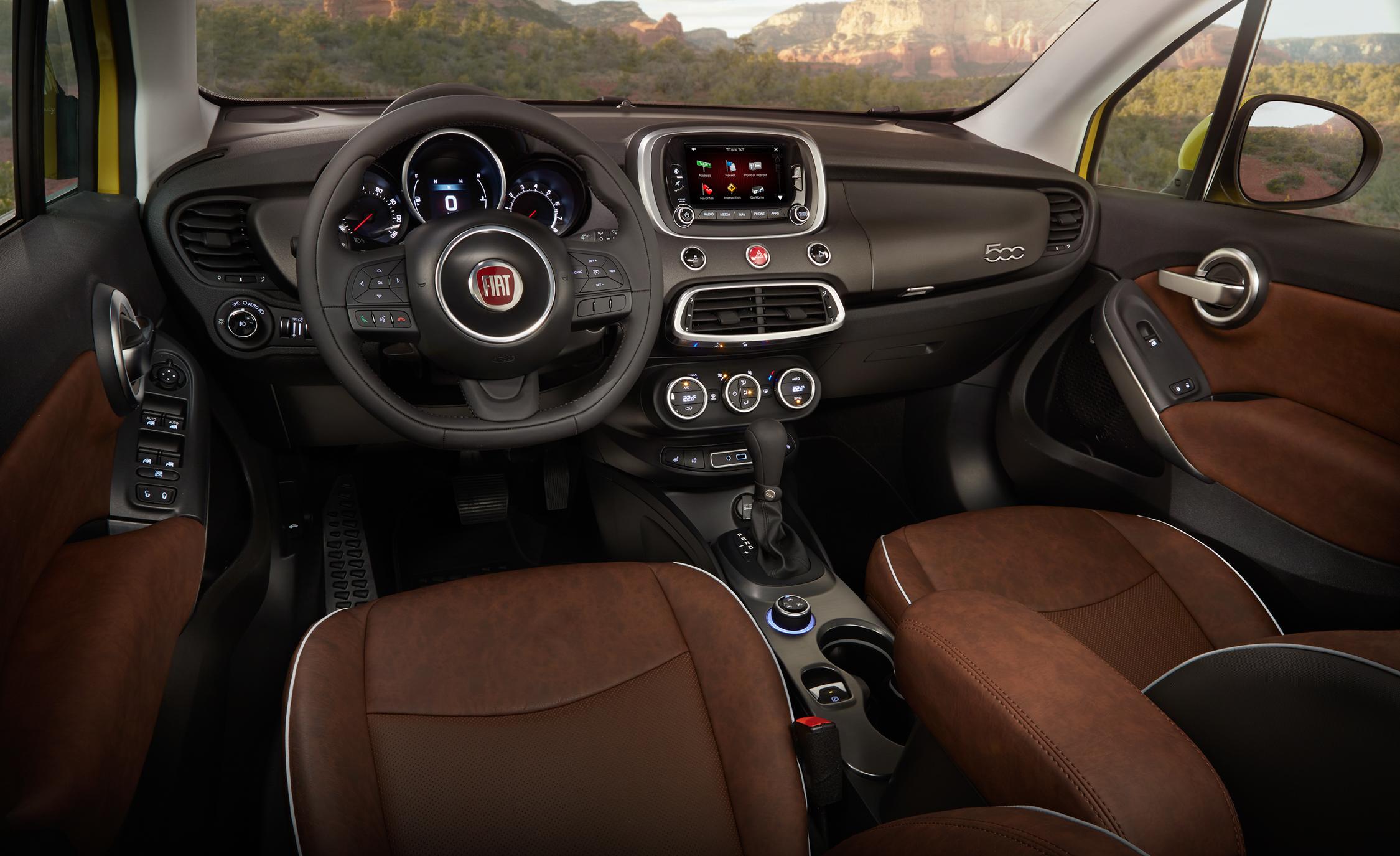2016 Fiat 500X Trekking Plus Interior