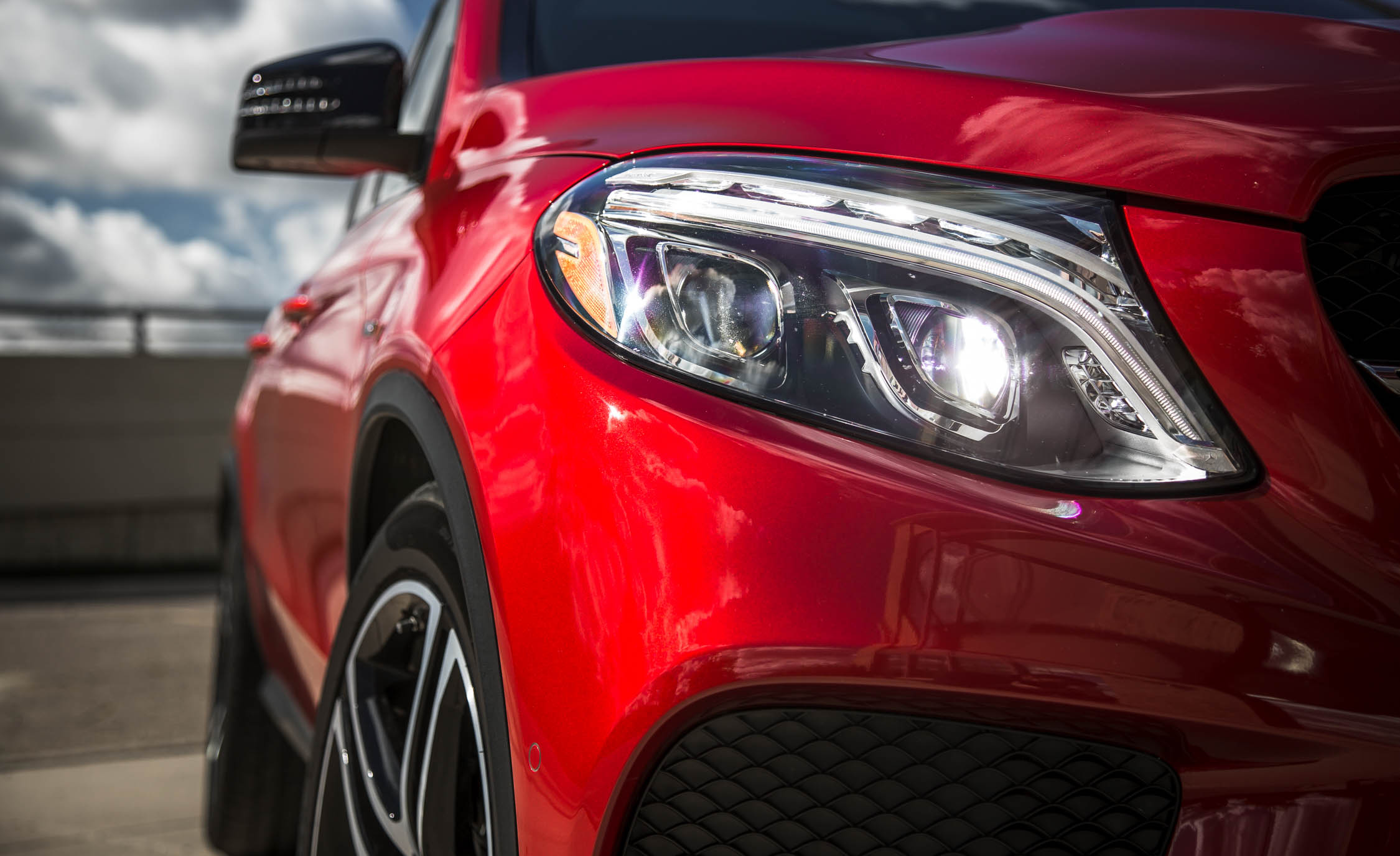 2016 Mercedes-Benz GLE450 AMG Coupe Exterior Headlight