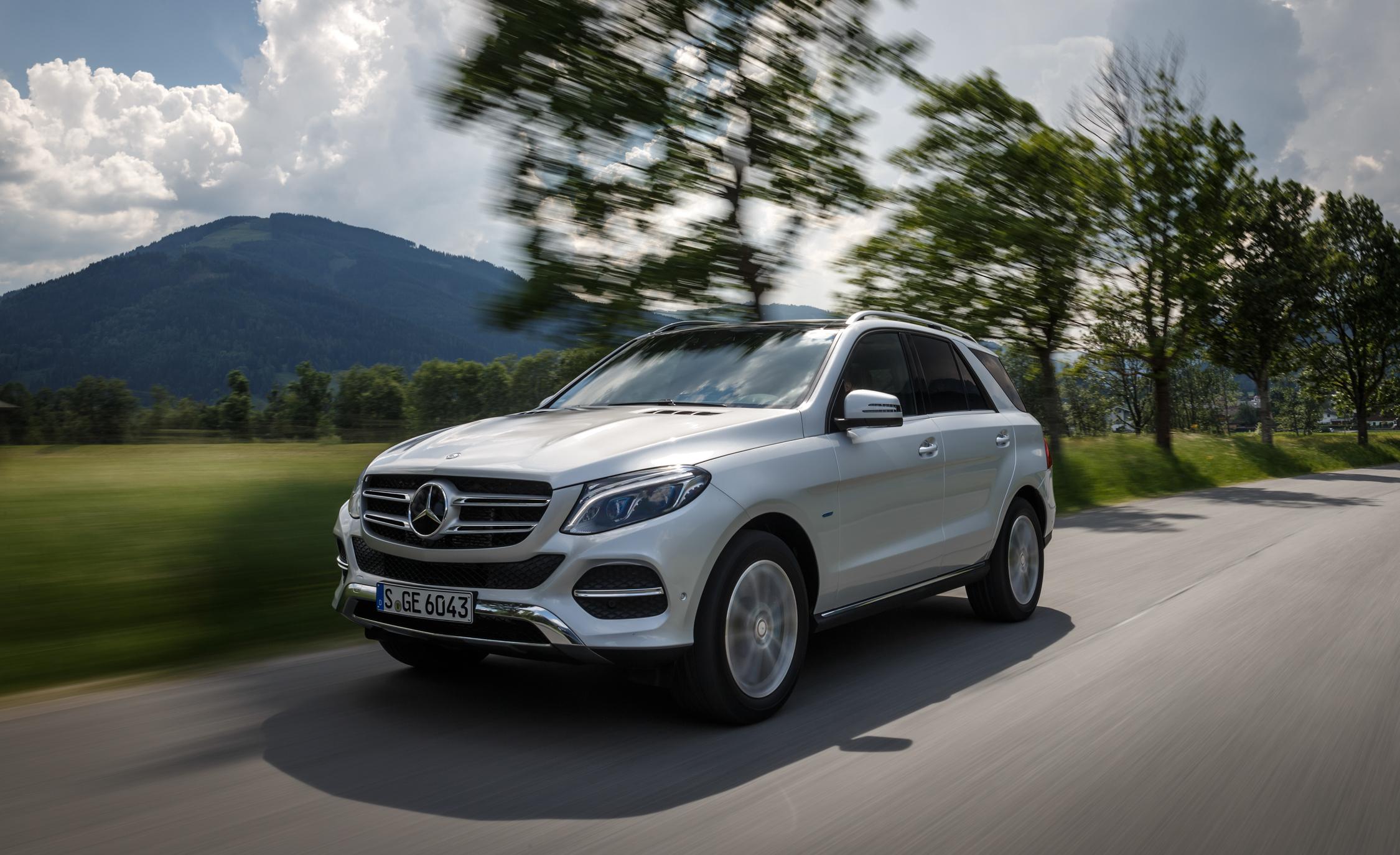 2016 Mercedes-Benz GLE500e 4MATIC Exterior Preview