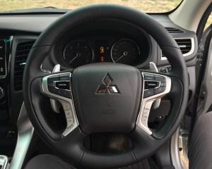 2016 Mitsubishi Pajero Sport Speedometer and Steering