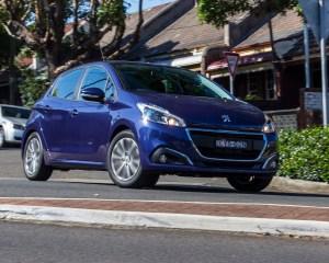 2016 Peugeot 208 Active Test Drive