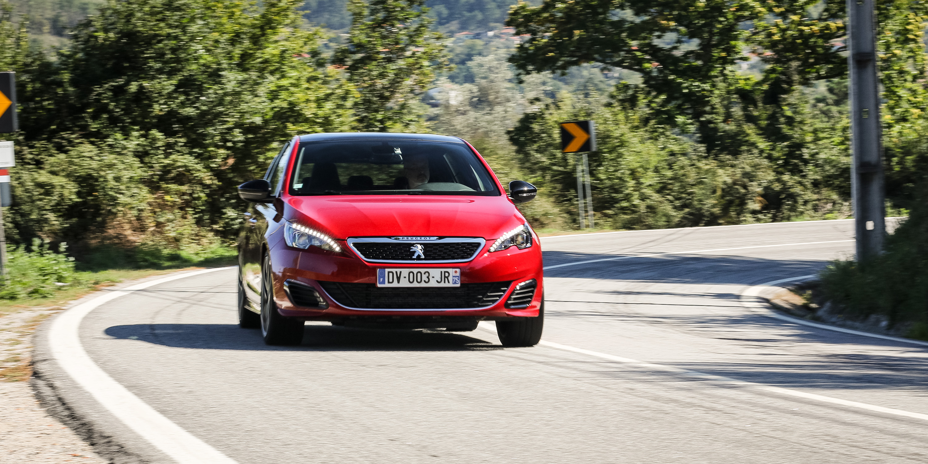2016 Peugeot 308 GTi Front View