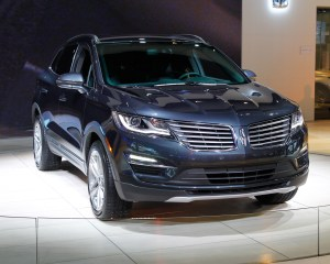 Lincoln MKC 2015 Exterior Preview