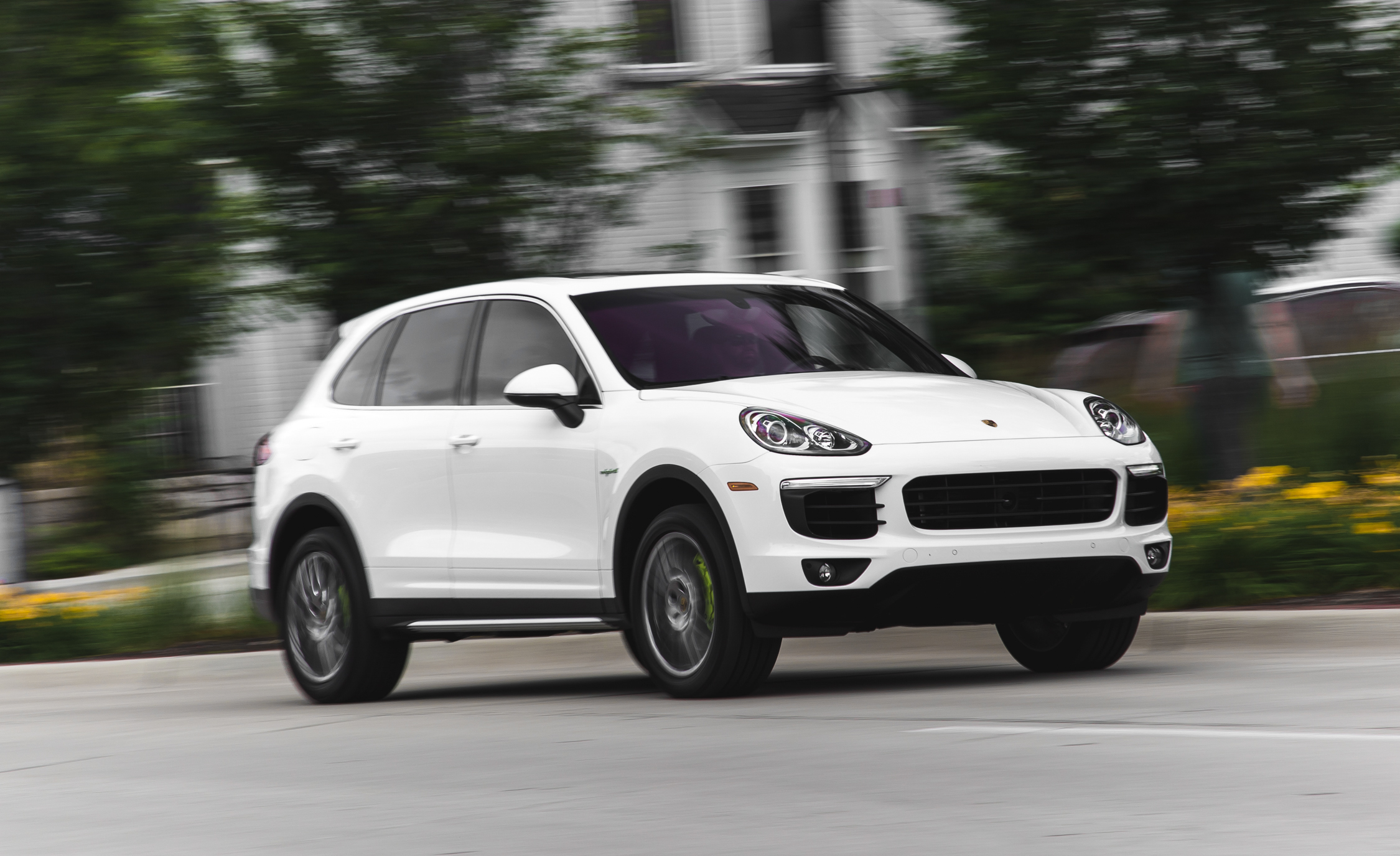 New 2015 Porsche Cayenne S E-Hybrid