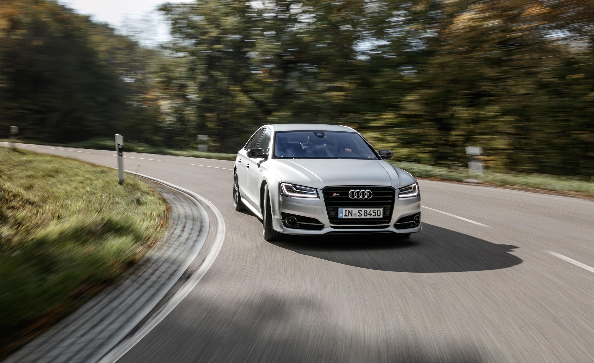 2016 Audi S8 Plus Test Drive