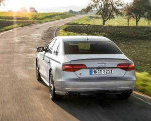 2016 Audi S8 Plus Test Rear View
