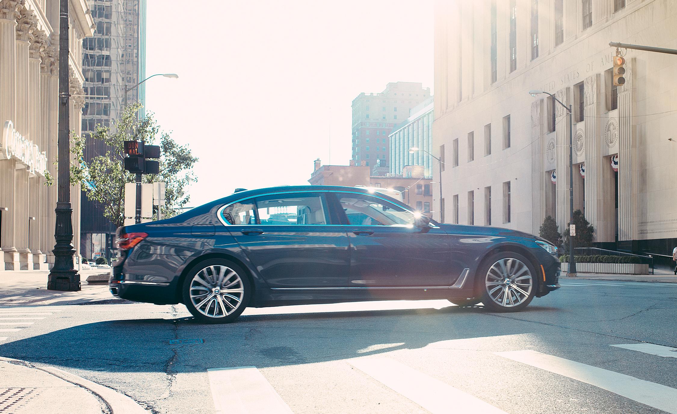 2016 BMW 750i xDrive Exterior Side