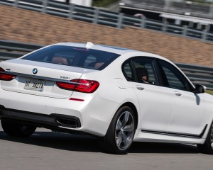 2016 BMW 750i xDrive White Test Rear and Side View
