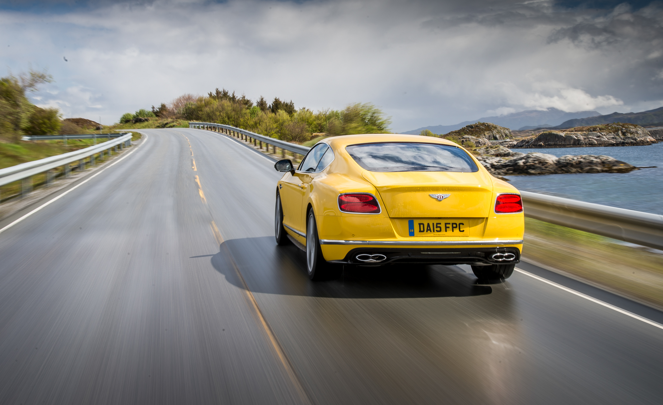 2016 Bentley Continental GT S Test Rear View