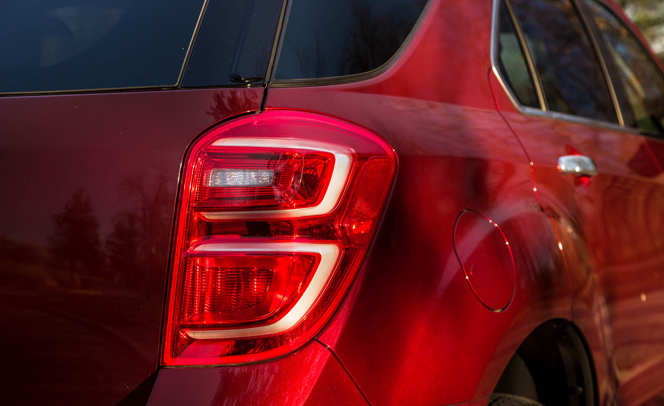 2016 Chevrolet Equinox LTZ Exterior Taillight Right