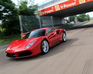 2016 Ferrari 488GTB Test