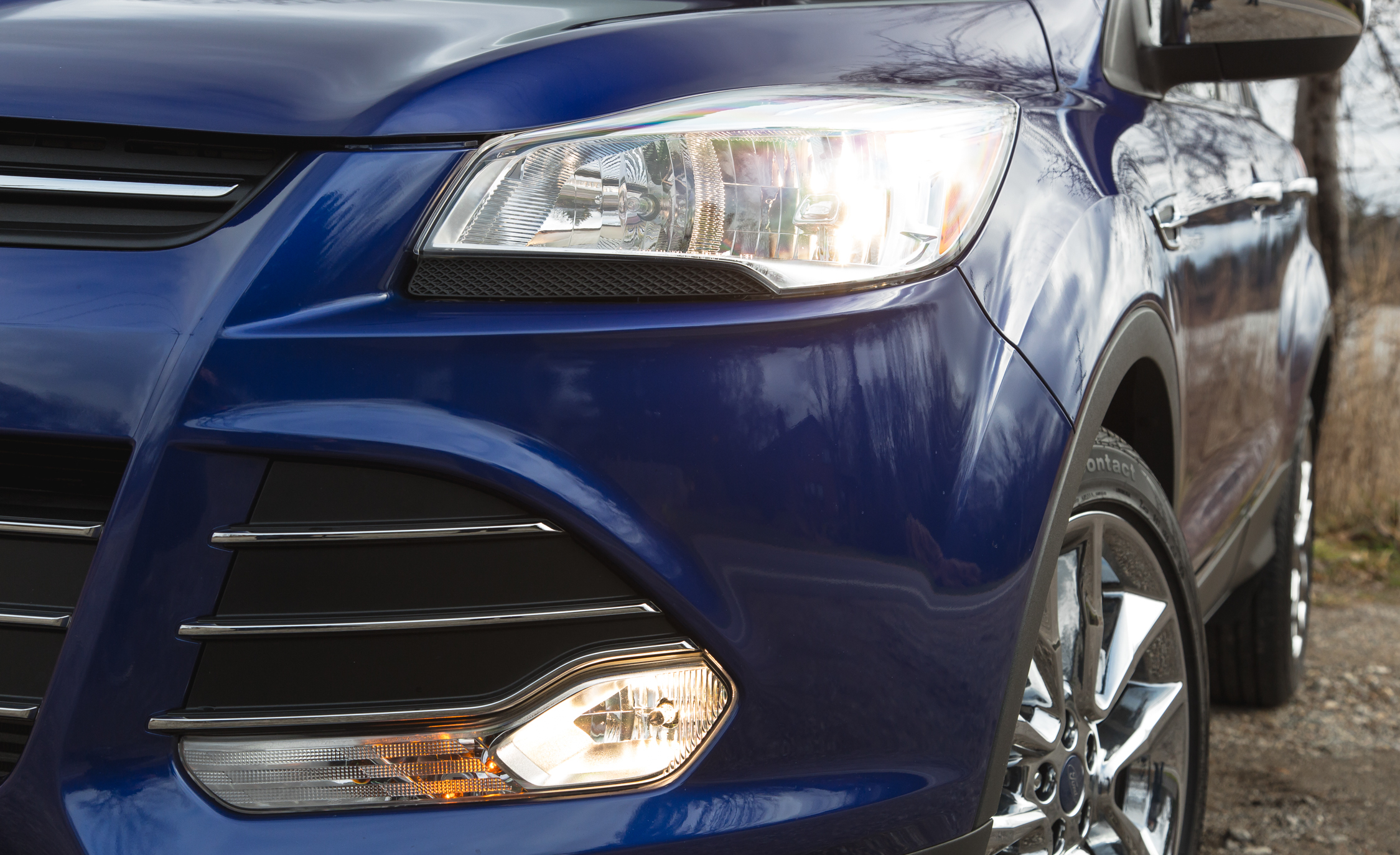 2016 Ford Escape Ecoboost SE Exterior Fog Lamp and Headlamp