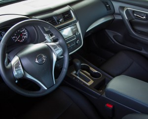 2016 Nissan Altima Interior Cockpit