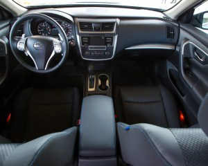 2016 Nissan Altima Interior