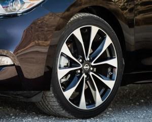 2016 Nissan Maxima SR Exterior Wheel